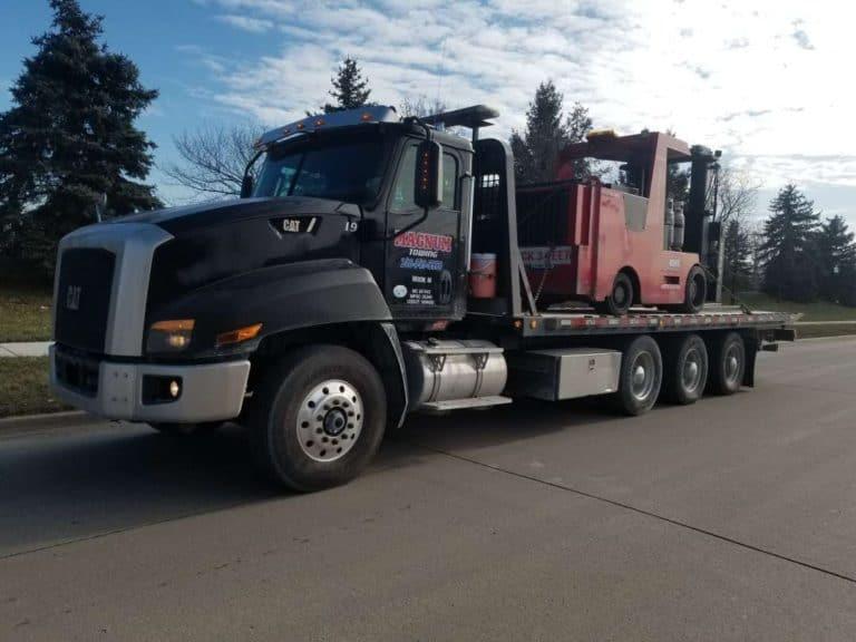 Magnum Towing Truck Forklift