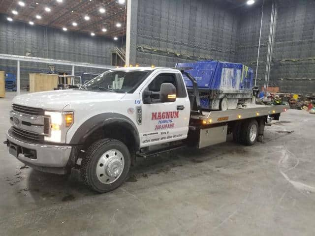 Magnum Towing Livonia Hall Truck