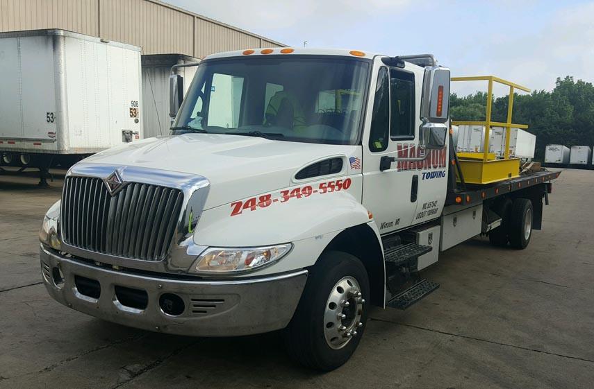 Tow Truck Farmington Hills